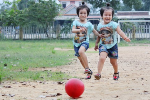 Chế độ dinh dưỡng cân bằng cho trẻ