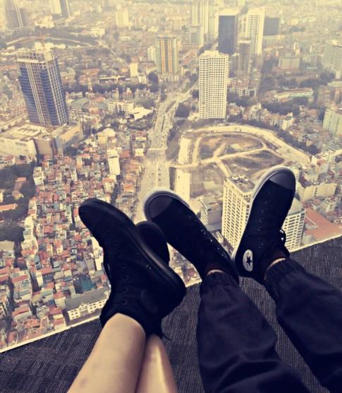 Chỉ cần đủ tin và yêu, cho nhau hi vọng và chờ đợi, hạnh phúc sẽ đến thật gần...
