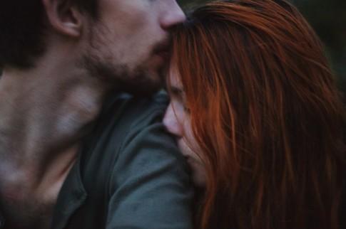 Chỉ mong người cần em, em đến, người em cần, đừng đi...