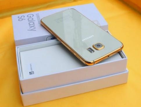 Chiêm ngưỡng Galaxy S6 và S6 Edge mạ vàng đầu tiên ở Việt Nam