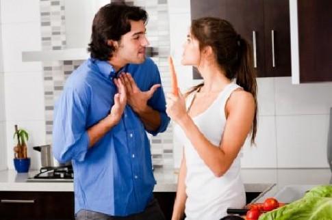 Chồng lương tháng 40 triệu vẫn ngửa tay xin vợ tiền thuê nhà