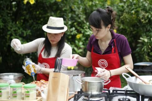 Cô gái 9x đối đầu bà mẹ 4 con tranh danh hiệu Vua đầu bếp Việt
