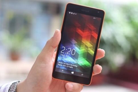 """""""Đại chiến"""" smartphone giá tầm trung mùa cuối năm"""