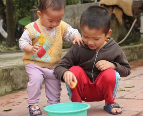 Dạy trẻ sáng tạo nhờ đồ chơi đơn giản