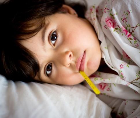 Dinh dưỡng cho trẻ sinh mổ