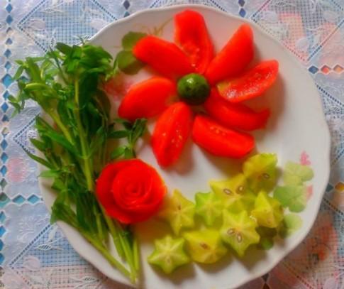 Đổi món cuối tuần với canh chua thịt bò