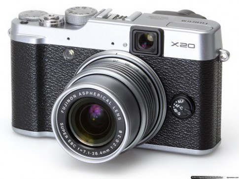 Fujifilm: Cảm biến X20 tốt hơn Sony RX100
