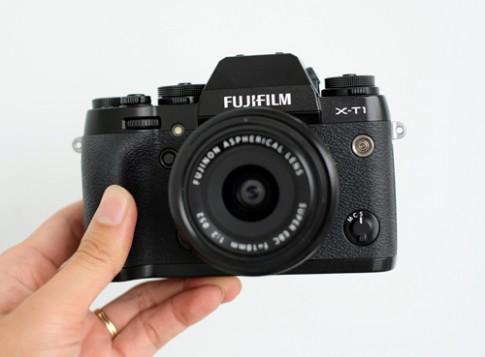 Fujifilm sửa miễn phí lỗi hở sáng trên X-T1
