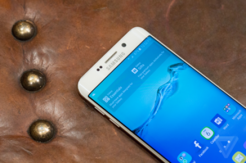 Galaxy S6 Edge Plus mới của Samsung: Lớn hơn, thông minh hơn
