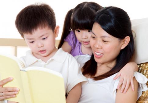 Giúp trẻ thích nghe kể chuyện