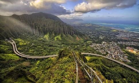Haiku - nấc thang lên thiên đường ở Hawaii