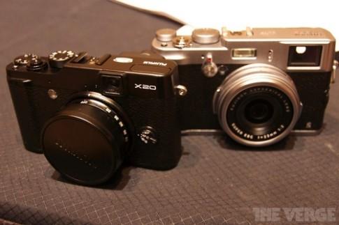 Hình ảnh bộ đôi máy ảnh Fujifilm X100s và X20