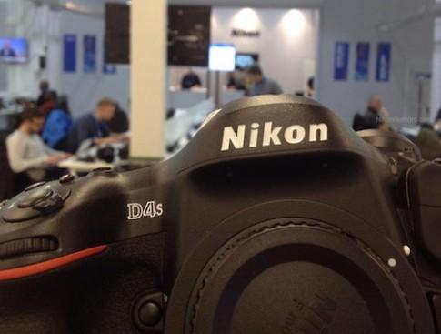 Hình ảnh và video rò rỉ của Nikon D4s