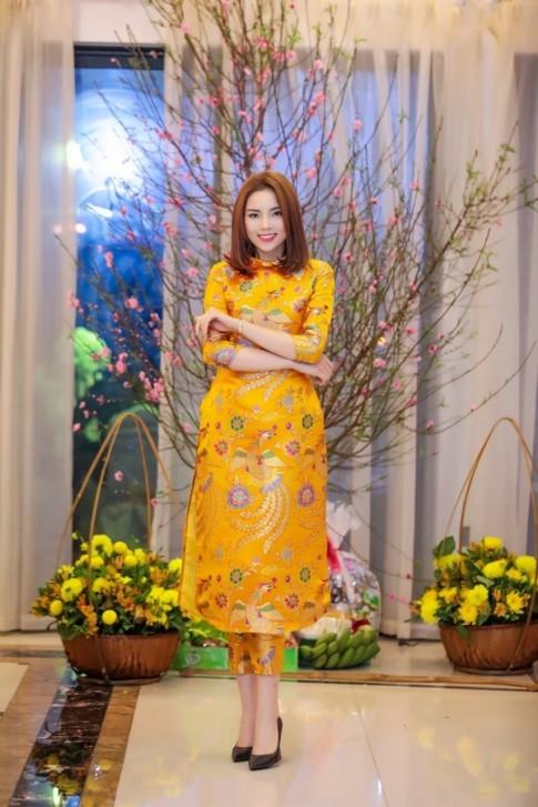 Hoa hau Ky Duyen: ao dai truyen thong hay cach tan thu hut hon?