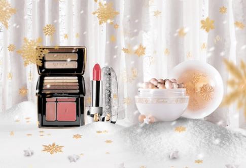 Hot girl 'kem xôi' gợi ý 6 món mỹ phẩm long lanh mùa Giáng sinh