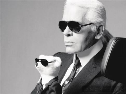 Karl Lagerfeld – Độc đáo và hoàn hảo cùng gam đen trắng