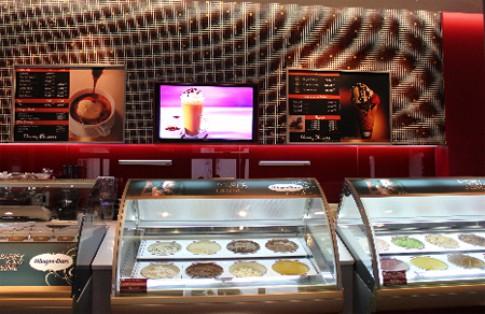 Khai truong cua hang kem Häagen-Dazs Cafe