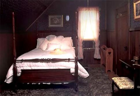 Khi căn nhà thiếu ánh sáng tự nhiên
