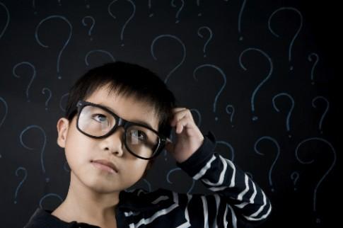 Khi con hay hỏi nhiều câu vô nghĩa