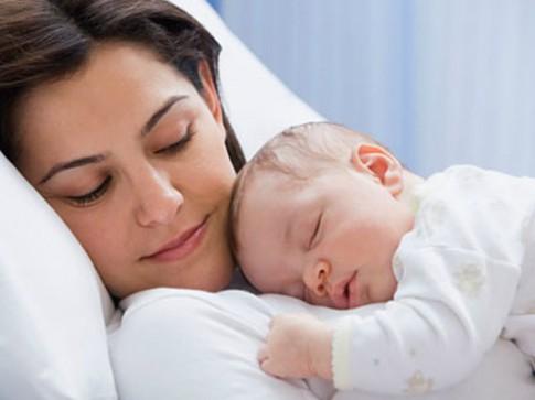 Làm sao rèn con ngủ giống người Mỹ?