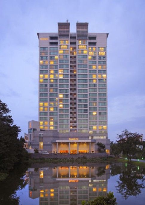 Lãng mạn ở Fraser Suites Hanoi