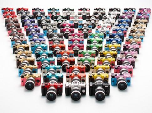 Máy ảnh 100 kiểu kết hợp màu sắc của Pentax