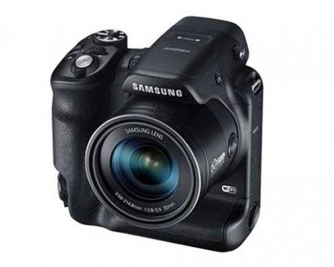 Máy ảnh có báng cầm kép, zoom quang 60x của Samsung