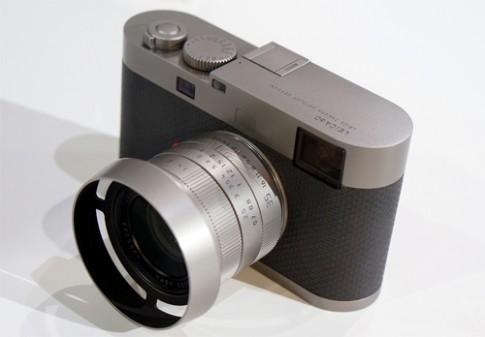 Máy ảnh kỹ thuật số không có màn hình của Leica