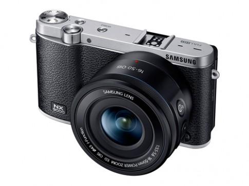 Máy ảnh mirrorless hỗ trợ 'tự sướng' của Samsung