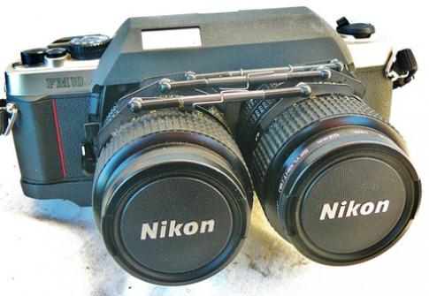 Máy ảnh Nikon 'độ' chụp 3D rao bán giá 800 USD