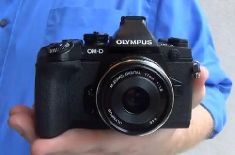 Máy mirrorless cao cấp của Olympus xuất hiện