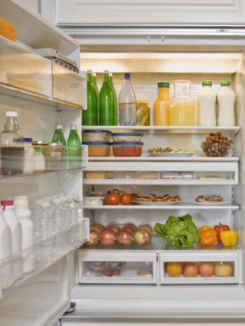 Mẹo giữ rau, quả tươi lâu trong tủ lạnh