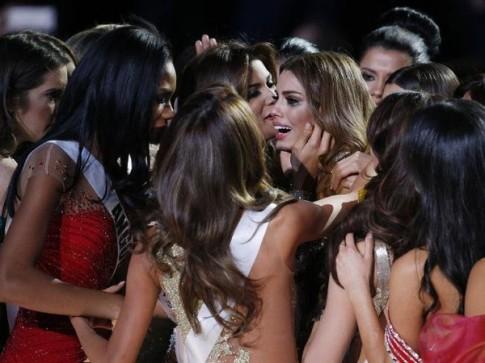 Miss Colombia - cô gái bị tổn thương nhất tại Miss Universe 2015