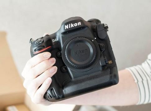 Mở hộp Nikon D4s - máy ảnh vô địch về hỗ trợ ISO