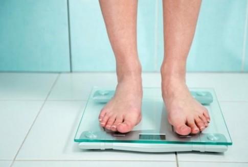 Người gầy mà bụng vẫn béo, dùng bài tập này là bảo đảm eo thon