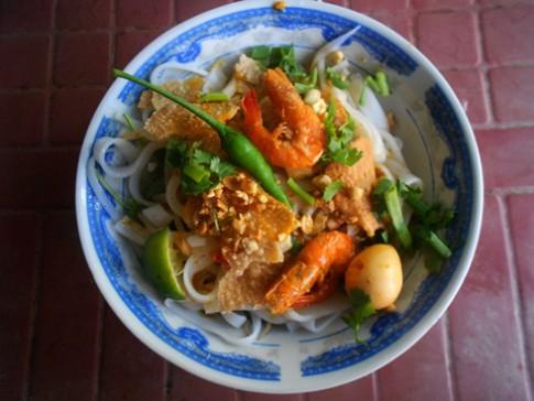 Nhớ vị mì Quảng Phú Chiêm