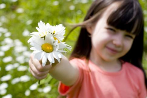 Những bài học dạy con từ hoa