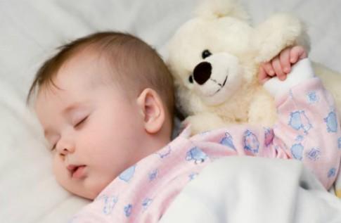 Những cách đơn giản giúp bé ngủ ngon