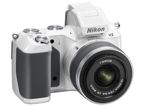 Những máy ảnh không gương lật hỗ trợ quay phim tốt