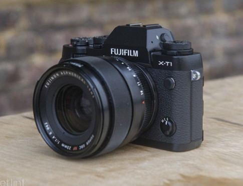 Những máy ảnh mirrorless nổi bật nhất năm 2014