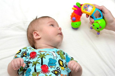 Những ngộ nhận trong phát triển trí não cho trẻ 0-2 tuổi