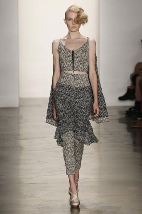 Những thiết kế 'váy trùm quần' ấn tượng Xuân 2014