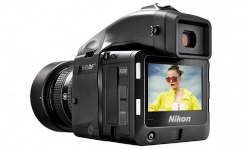 Nikon có thể ra máy ảnh medium-format dùng cảm biến Sony