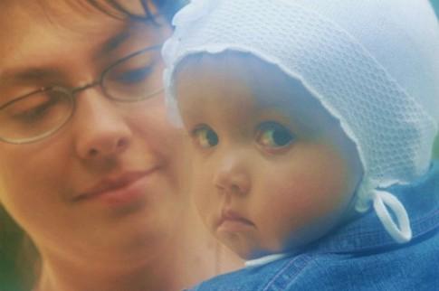 Nuôi con ở Việt Nam quá khó trong mắt mẹ Tây