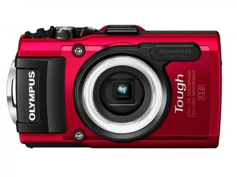 Olympus ra hai máy ảnh zoom lớn và siêu bền