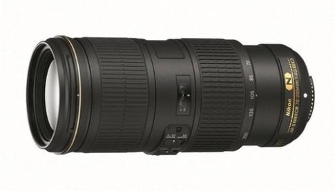 Ống kính 70-200 mm có chống rung 5 bước của Nikon