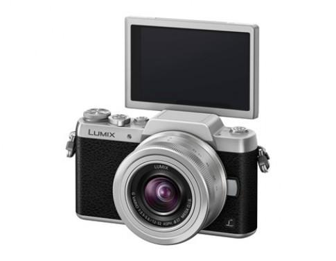 Panasonic giới thiệu GF7 với màn hình lật 180 độ