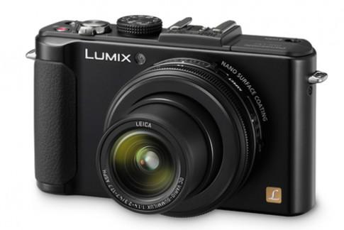 Panasonic ra LX7 cảm biến CMOS