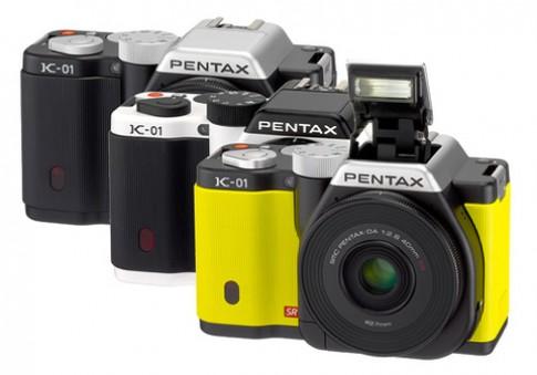 Pentax K-01 giảm giá còn một nửa