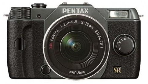 Pentax ra Q7 ống kính rời nhưng cảm biến nhỏ